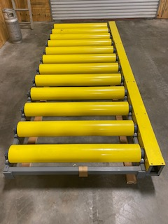 Smith Machine Worx - Non-powered roller conveyor