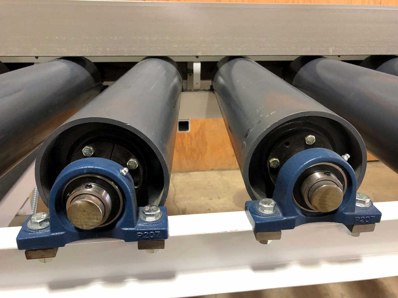 Smith Machine Worx - Rollers on a conveyor